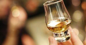 Whisky a bourbon – jaka jest różnica między nimi?