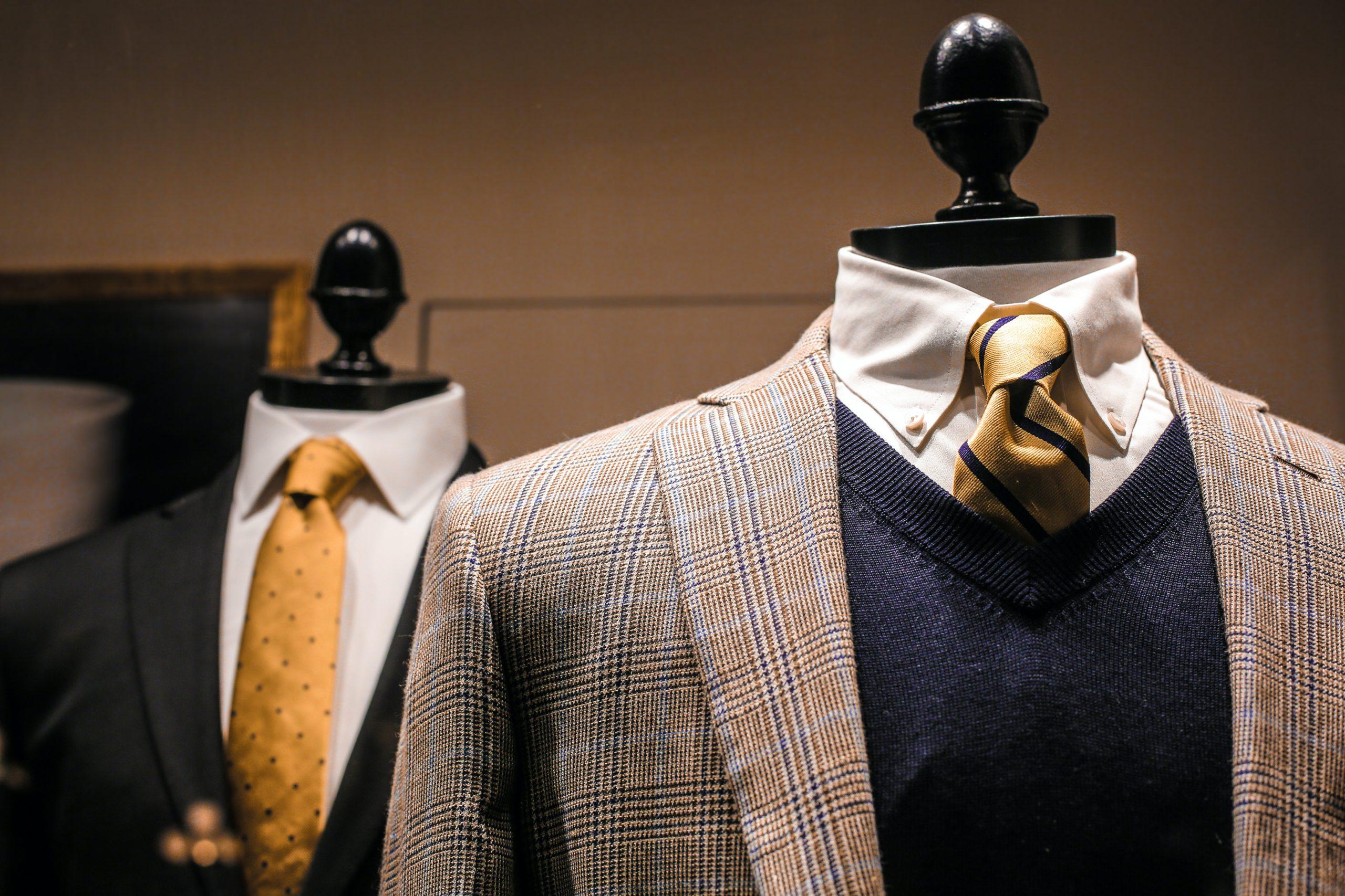 Marynarka tweed – jak nosić i o nią dbać?
