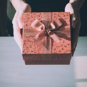 10 pomysłów na prezent na walentynki dla niej