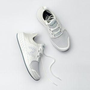 Jak dbać o białe buty?