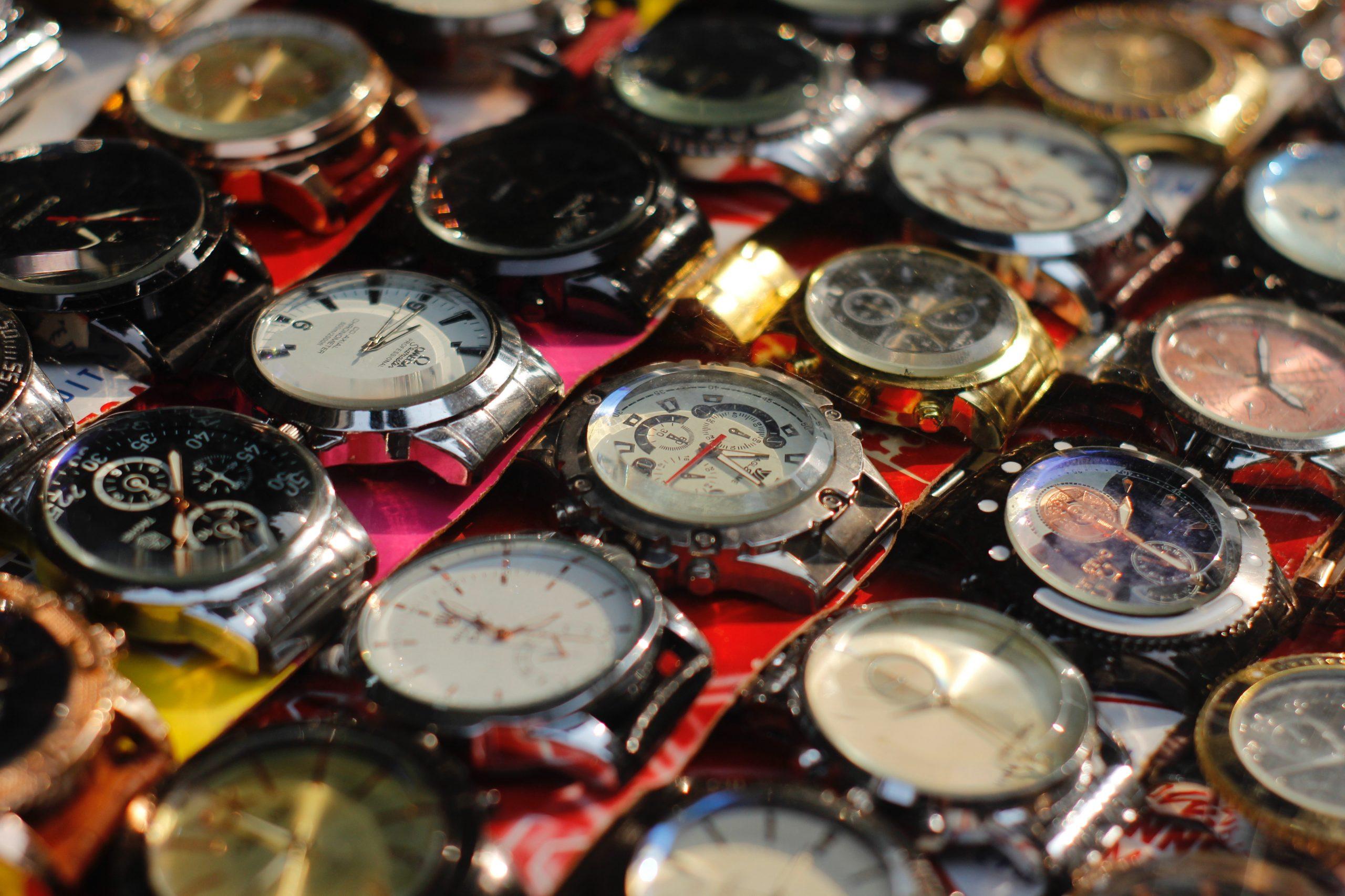 25 niedrogich marek zegarków – ranking