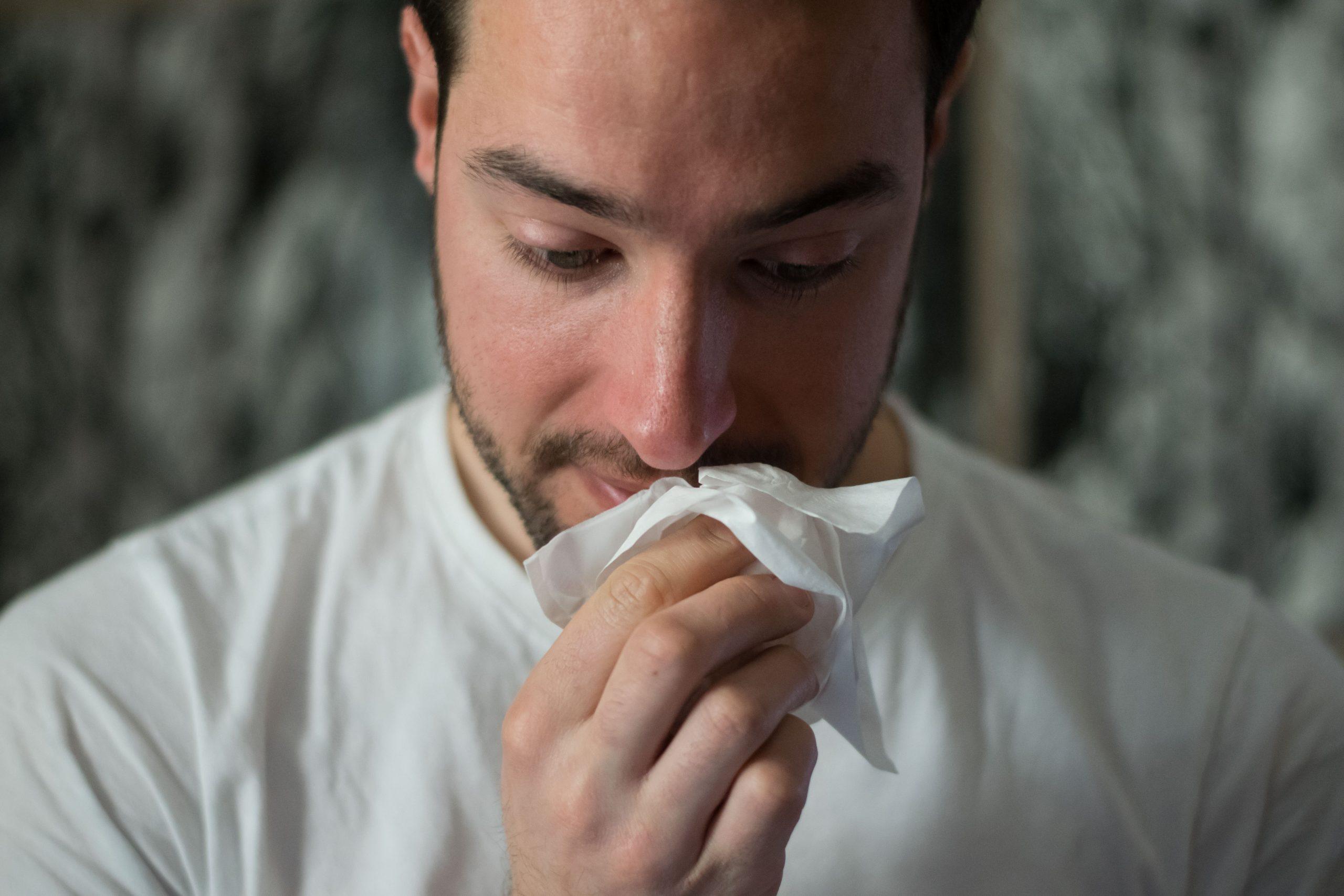 3 sprawdzone męskie sposoby na zimowe mrozy – nie daj się złamać!