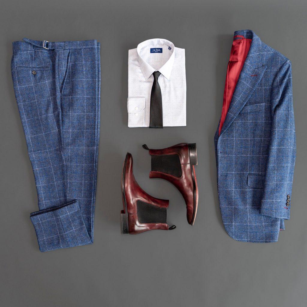 Granatowe spodnie stylizacje
