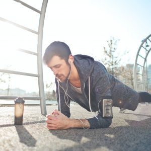 Plank dla mężczyzn – co daje ćwiczenie plank ?