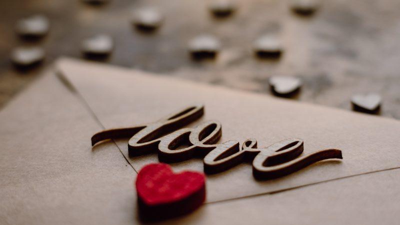 Jak napisać list miłosny?  Nie zapominaj o tym!