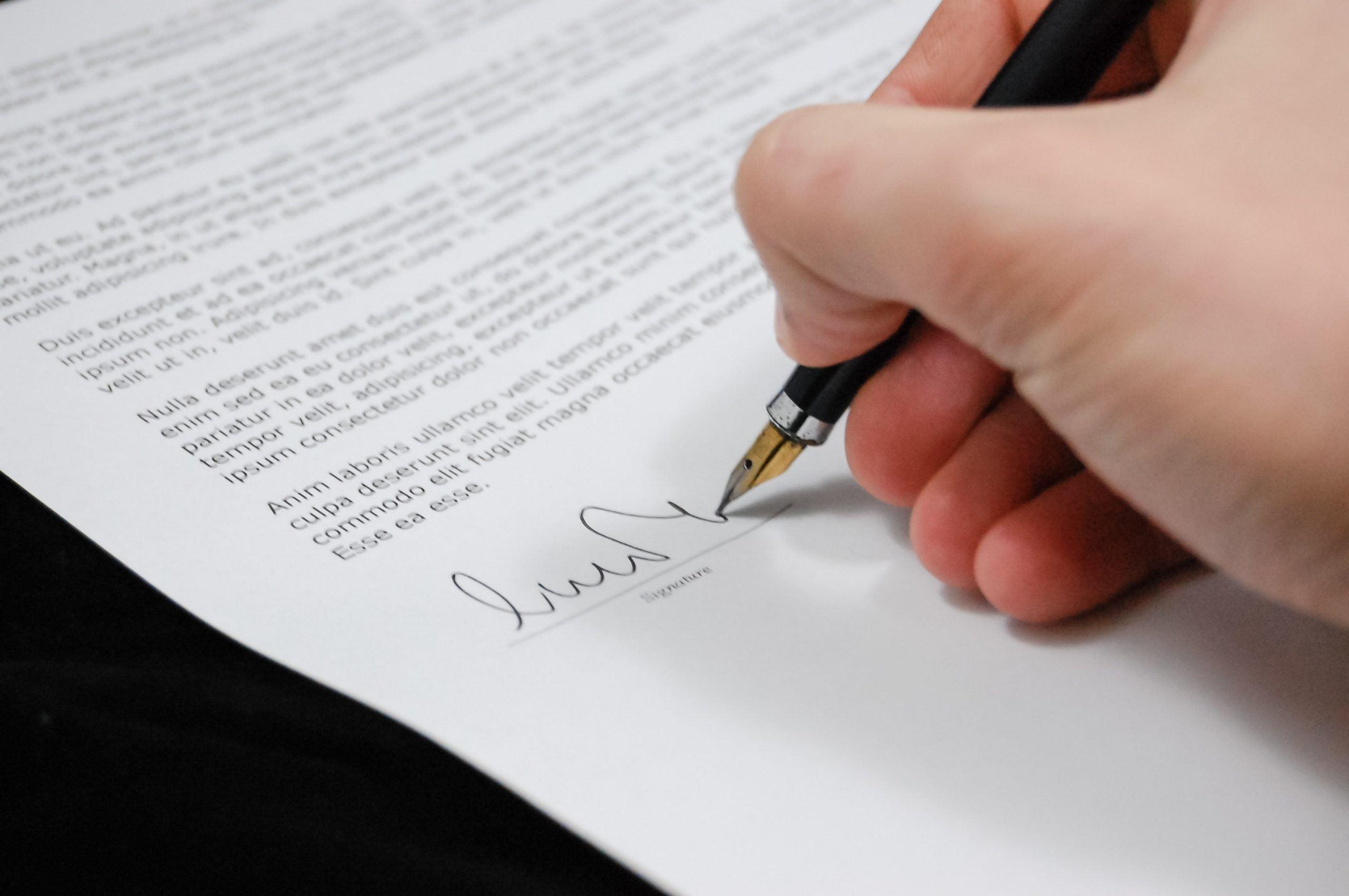 Parafka – jak stworzyć i wymyślić oryginalny podpis?
