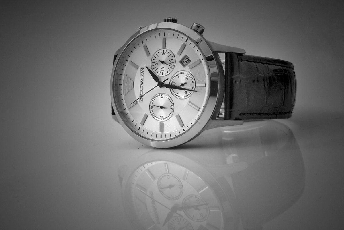 Koperta zegarka – czym dokładnie jest?