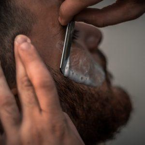 Jaka broda dla łysej osoby?